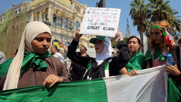 جزائريون يتظاهرون للأسبوع الـ 48 مسيرات واحتجاجات وتظاهرات في الجزائر