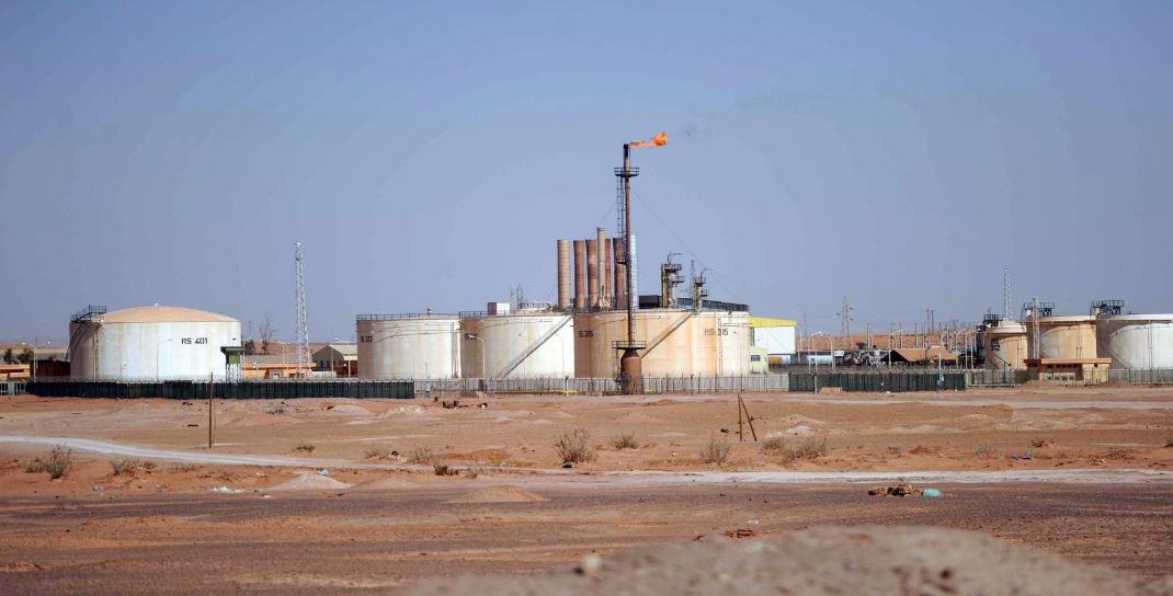 الجزائر تجديد عقد توريد الغاز المسال إلى