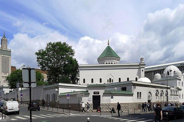 مشروع قيد التحضير لمنع تمويل مسجد باريس من قبل الجزائر