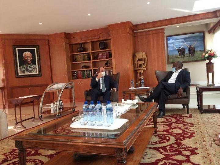 الجزائر وجنوب إفريقيا: هذا ما قاله الرئيس رامافوزا للوزير بوقدوم