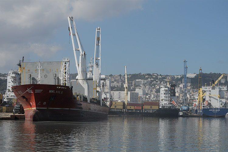 شلل بميناء الجزائر وأزمة تموين في الأفق!