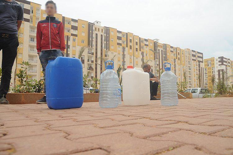 انقطاعات المياه تؤرق الجزائريين في عز الشتاء!