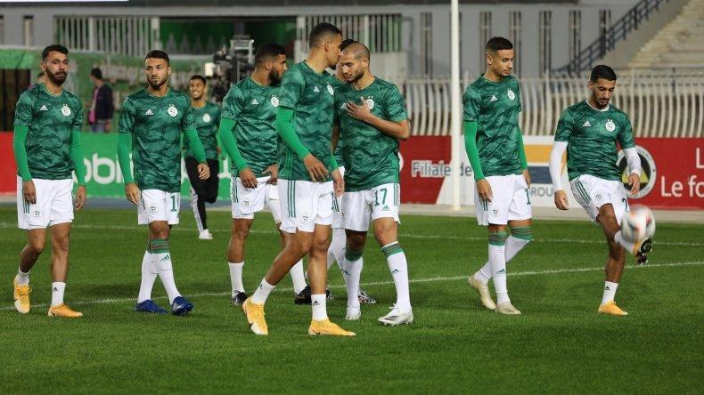 مباراة بوركينا فاسو والجزائر لن تُلعب بِالسنيغال
