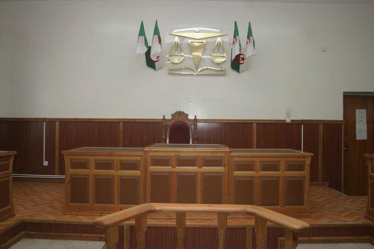 حبس 4 موظفين سرقوا أوراق الانتخابات