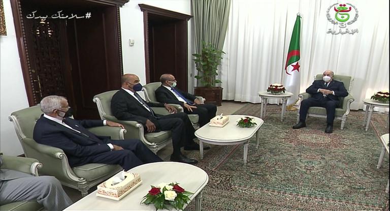 الرئيس تبون: الجزائر مستعدة لاحتضان لقاءات المصالحة بين الليبيين