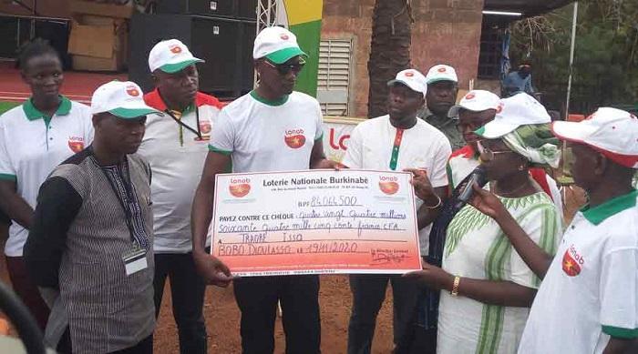 Bobo-Dioulasso : Issa Traoré remporte plus de 84 millions de Fcfa au 4+1 de la LONAB