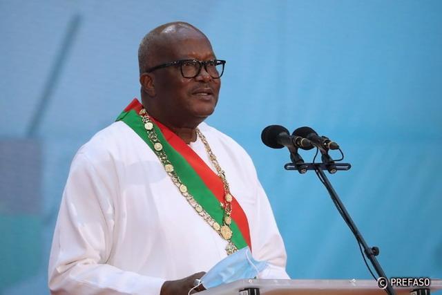 Roch Kaboré investi nouveau président du Faso : « Nous devons poursuivre et renforcer la lutte contre la corruption, les passe-droits et l'incivisme »