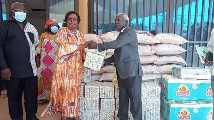 Insécurité au Burkina : L'Union des Burkinabè de la RDC offre des vivres pour les déplacés internes