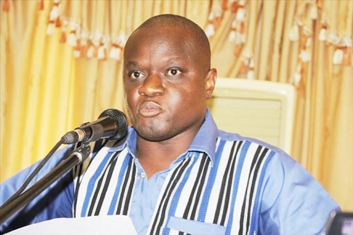 Burkina : Le Faso Autrement plaide pour sauver la vie du journaliste Adama Ouédraogo dit Damiss