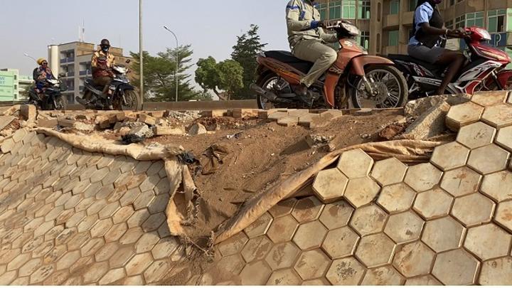 Burkina : De l'incivisme à outrance dans nos rues et sur l'échangeur du Nord
