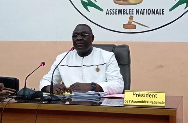 Burkina Faso : L'Assemblée nationale adopte une loi pour améliorer la pension des retraités du privé