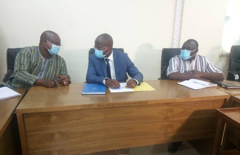 Assises sur l'éducation au Burkina Faso: Huis clos entre le ministre et les syndicats