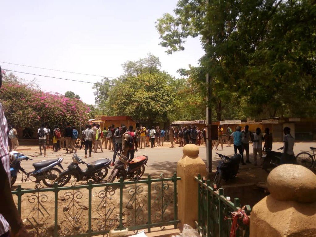 Manifestations scolaires : L'UNAPES-B appelle au sens des responsabilités