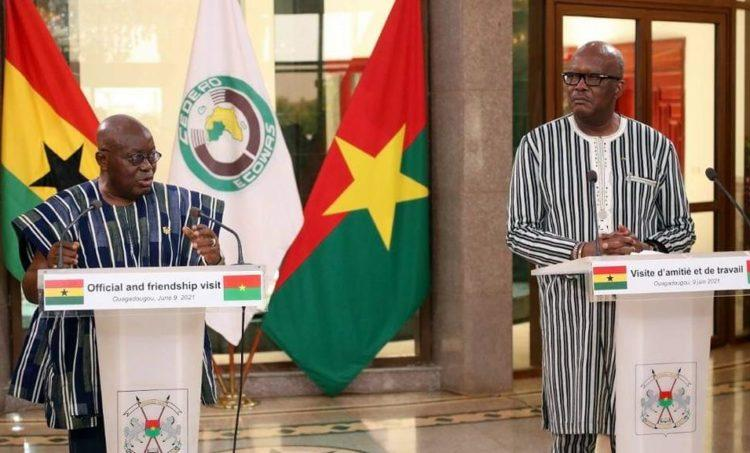 Burkina Faso : Nana Akufo-Addo prône une synergie d'actions contre le terrorisme