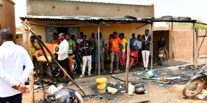 Massacre de Solhan au Burkina : pourquoi l'armée ne parvient pas à protéger les civils