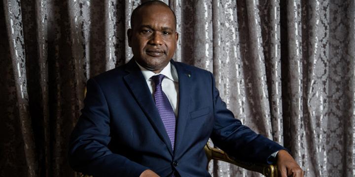 Burkina : la suspension de Radio Oméga met-elle Alpha Barry en difficulté ?