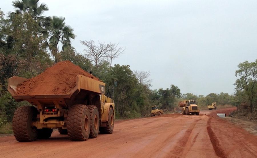 Au Burkina un convoi de Endeavour Mining attaqué, 4 gendarmes tués, plusieurs blessés et disparus