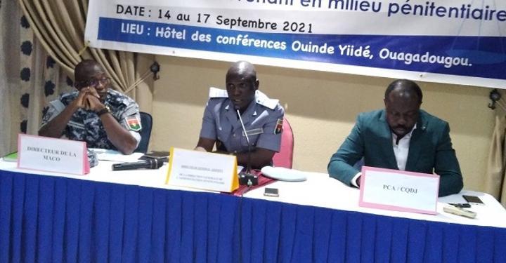 Intervention en milieu pénitentiaire au Burkina : Les OSC formées sur les moyens d'actions juridiques et le respect des droits humains