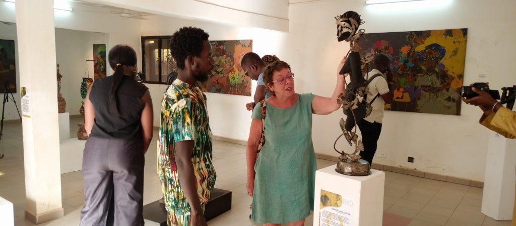 Burkina Faso : Des artistes sculpteurs et peintres exposent leurs savoir-faire
