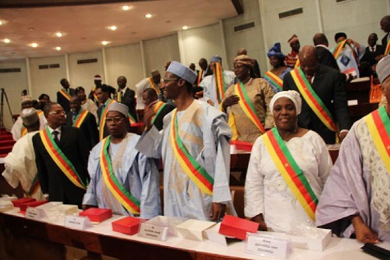 Cameroun - Parlement: Les sénateurs étudient le projet de loi relatif à l'extradition entre le Cameroun et le Brésil