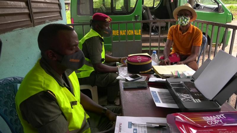 Cameroun - Prevention routière: La Gendarmerie se dote d'une imprimante HD pour dissiper les doutes des usagers