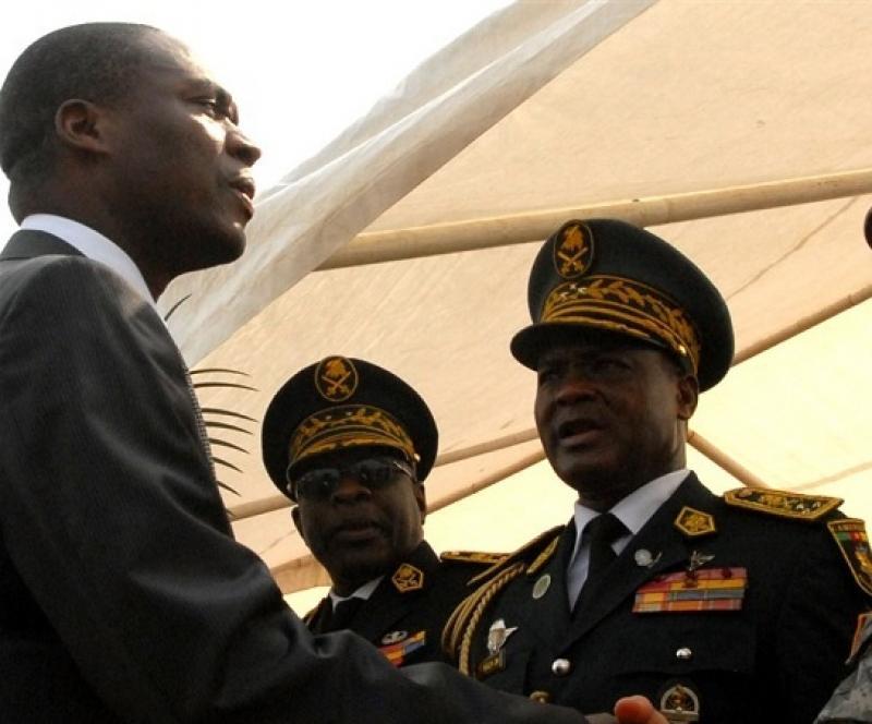 Cameroun - Parlement: Les députés questionnent le ministre de la Défense Joseph Beti Assomo sur l'âge de départ à la retraite des officiers généraux