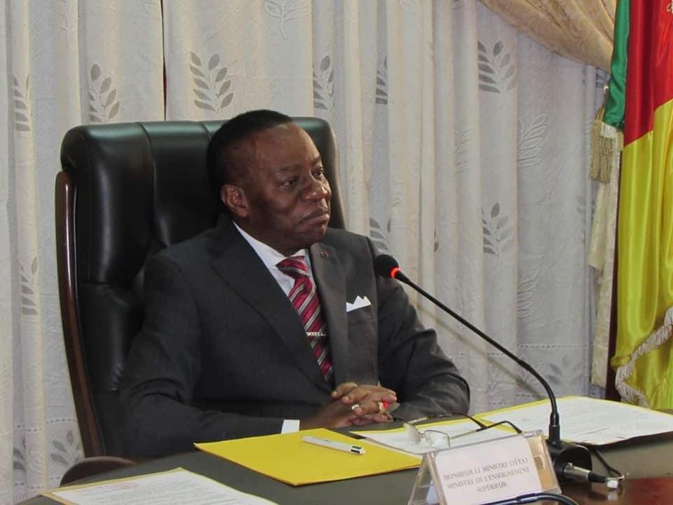 Epervier: acculé, Fame Ndongo vante la réussite du projet '500.000 ordinateurs Biya'