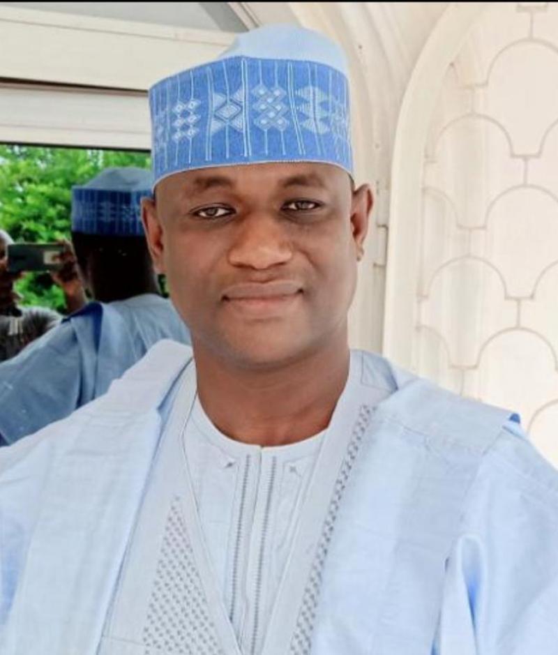Chefferies traditionnelles: Paul Biya félicite le nouveau lamido de Garoua pour son élection