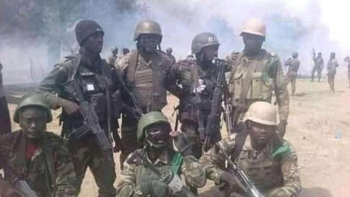 Nord-Ouest: les militaires mettent la main sur le 'Général Cobra' et ses hommes