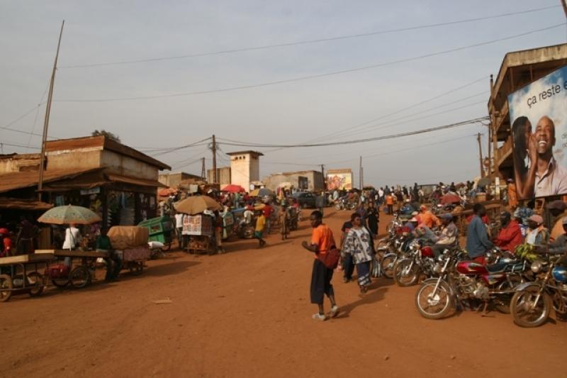 Climat social: Les agents de la Communauté Urbaine de Bafoussam lancent la traque contre les commerçants inciviques