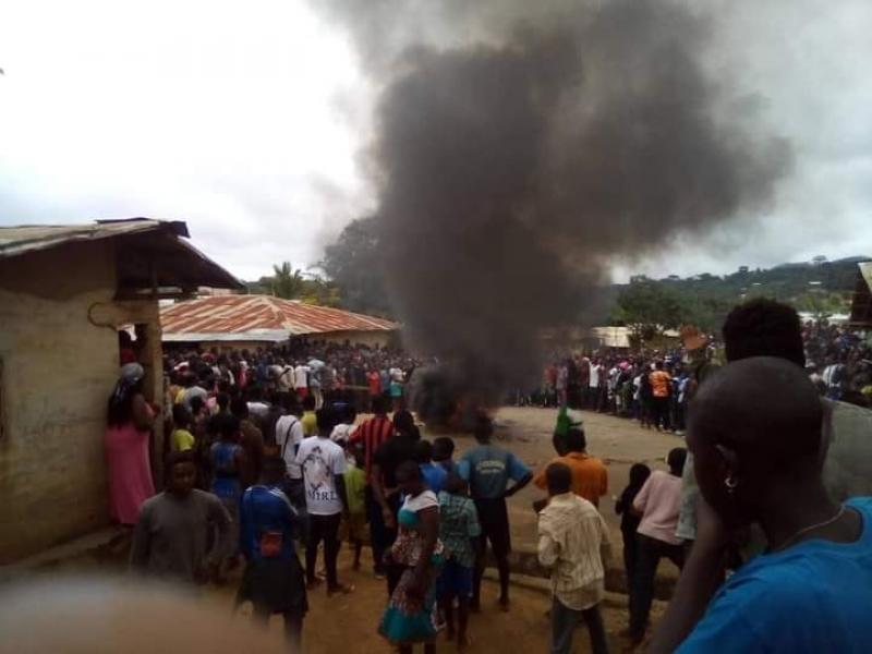 Cameroun – Hostilités: Scènes de guerre à Tonga (Ouest), suite au lynchage d'un voleur par les populations