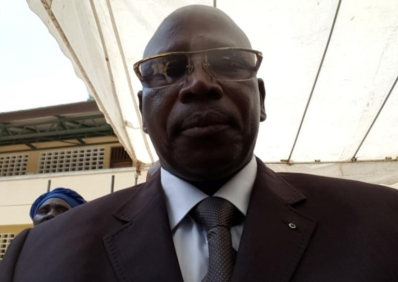 Cameroun – Gestion des frais d'APEE: Le sous-préfet de Loum convoque dans ses services Joe La Conscience et ceux que l'activiste accuse de malversations