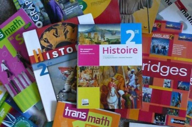 Rentrée scolaire 2021-2022: Dix éditeurs accusés de fraude de manuels scolaires dans trois villes