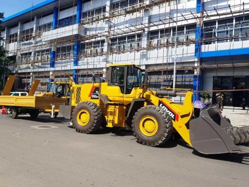 Cameroun: La Communauté urbaine de Douala se dote de deux engins lourds pour l'entretien des routes de la ville