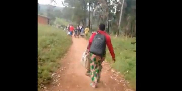 Fusillade et maisons brulées à Kikiakom: les populations en fuite accusent l'armée (vidéo)