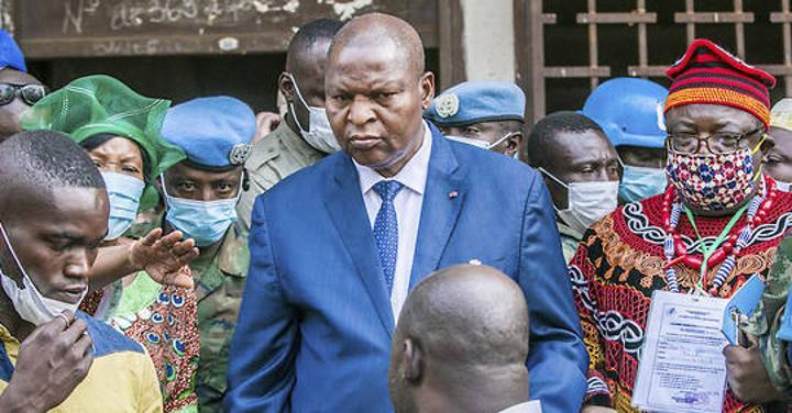 Centrafrique: Touadéra réélu à la tête d'un pays déchiré