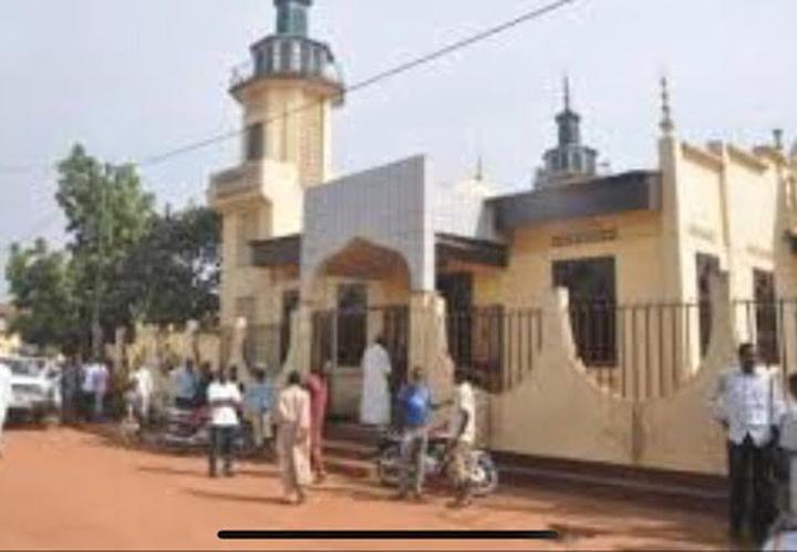 RCA: les fidèles musulmans du sixième arrondissement de Bangui pourront bientôt prier dans la mosquée de Pétévo