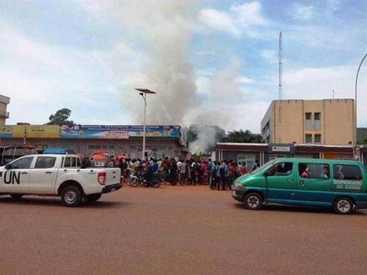 Alerte info : le restaurant de l'hôtel Azimut prend feu