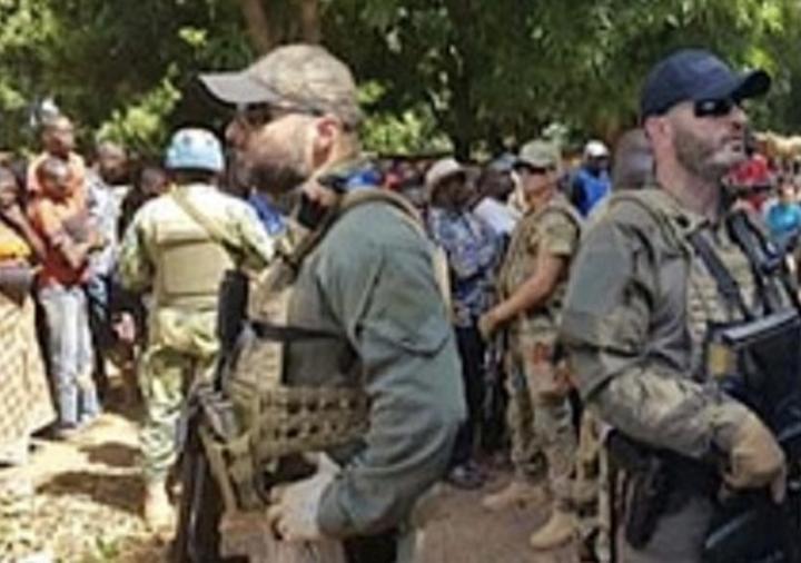 RCA: une manifestation à Paris contre les exactions des mercenaires de Wagner en Centrafrique