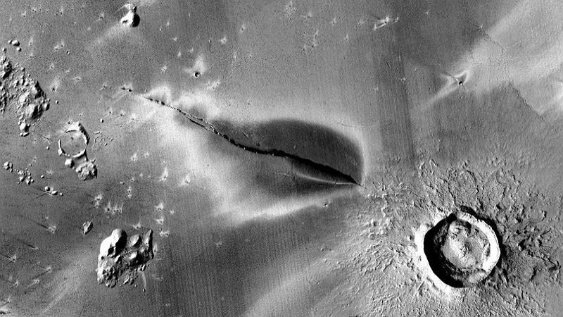 Mars : les volcans de la planète rouge seraient actifs, ce qui renforce l'hypothèse d'une vie souterraine
