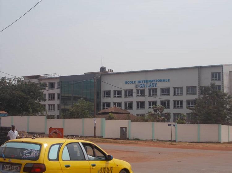Fête de Tabaski, bousculade des autorités lors de la distribution des portions de viandes de bœuf dans une école turque à Bangui