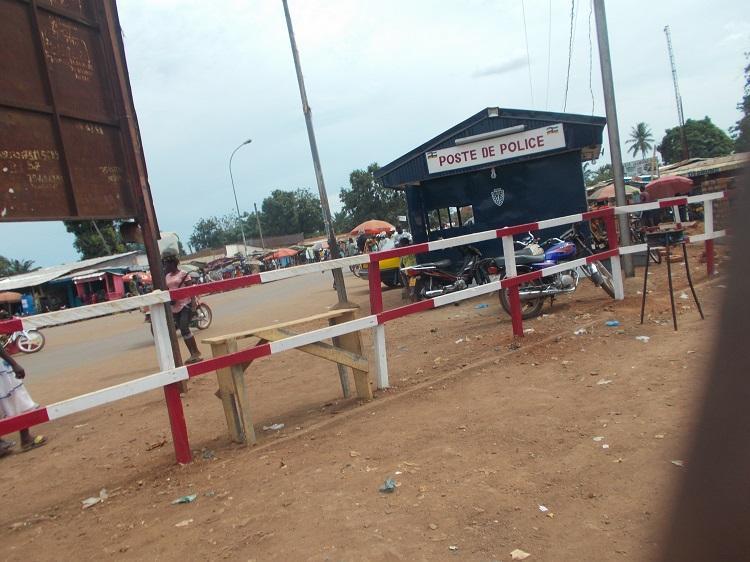 Bangui, une altercation entre les soldats FACA et les policiers au Croisement Benz-vi paralyse la circulation durant plusieurs minutes