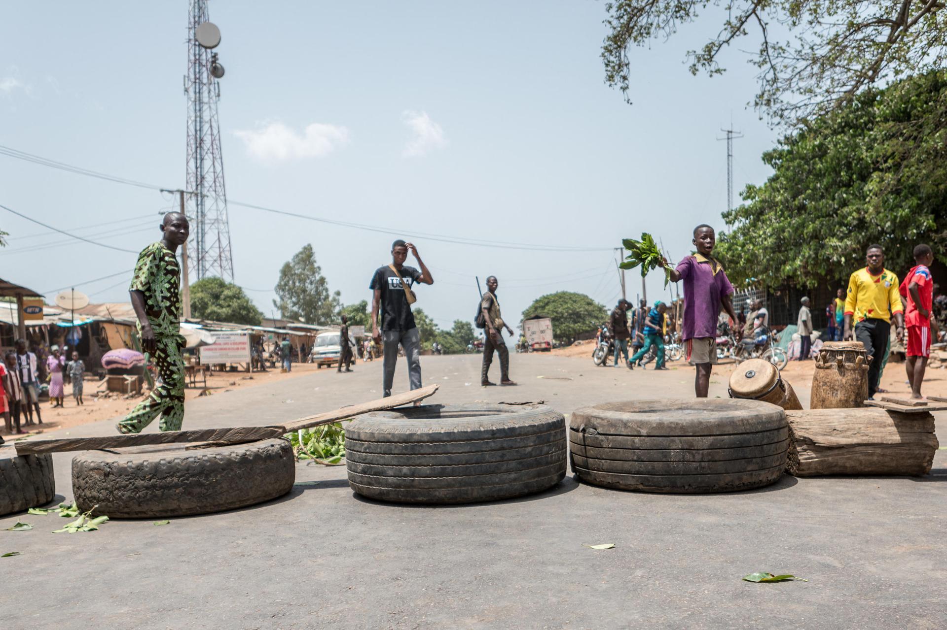 Présidentielle au Bénin: l'armée disperse par la force des manifestants contre le pouvoir