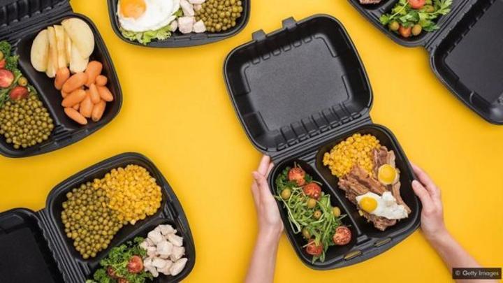 Peut-on faire cuire les aliments au micro-ondes sans danger ?