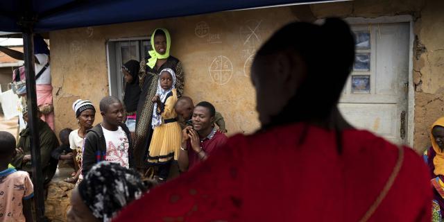 Ebola en RDC : l'OMS et de grandes ONG au centre d'un scandale sexuel