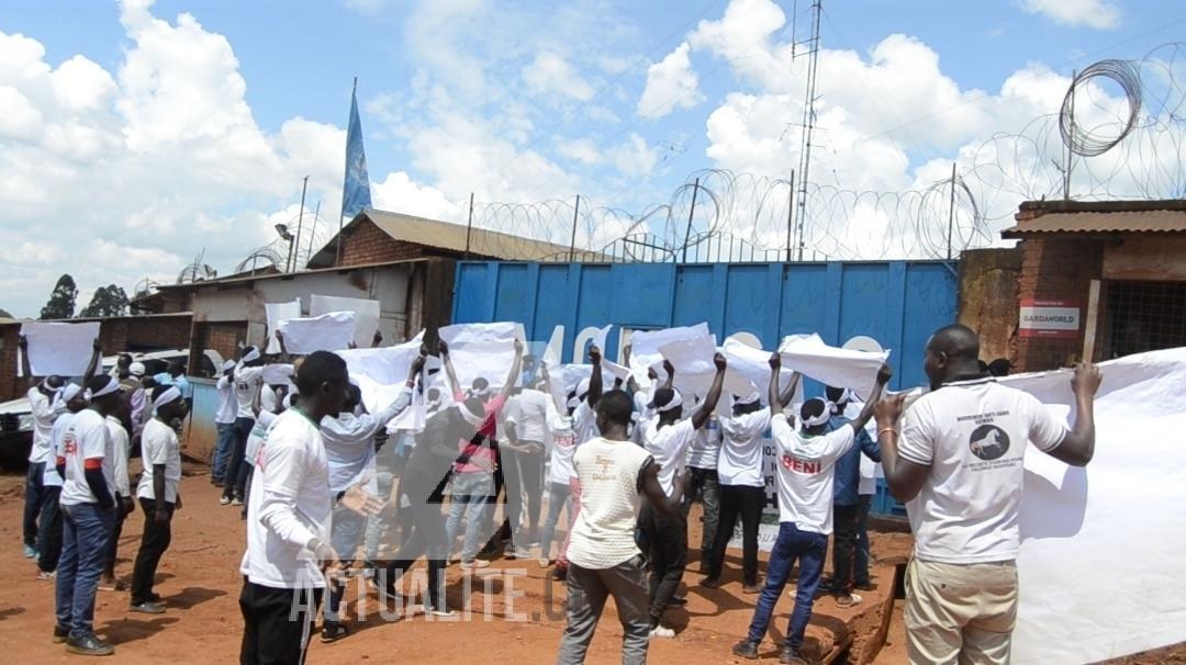 des militants de la Lucha ont atteint la base de la Monusco à Butembo pour faire entendre leurs revendications au sujet des tueries