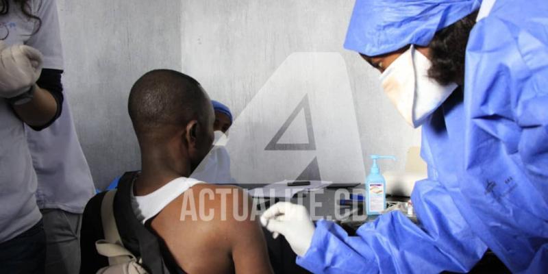 Covid-19: 542 nouveaux vaccinés en RDC, 3 276 personnes depuis le début