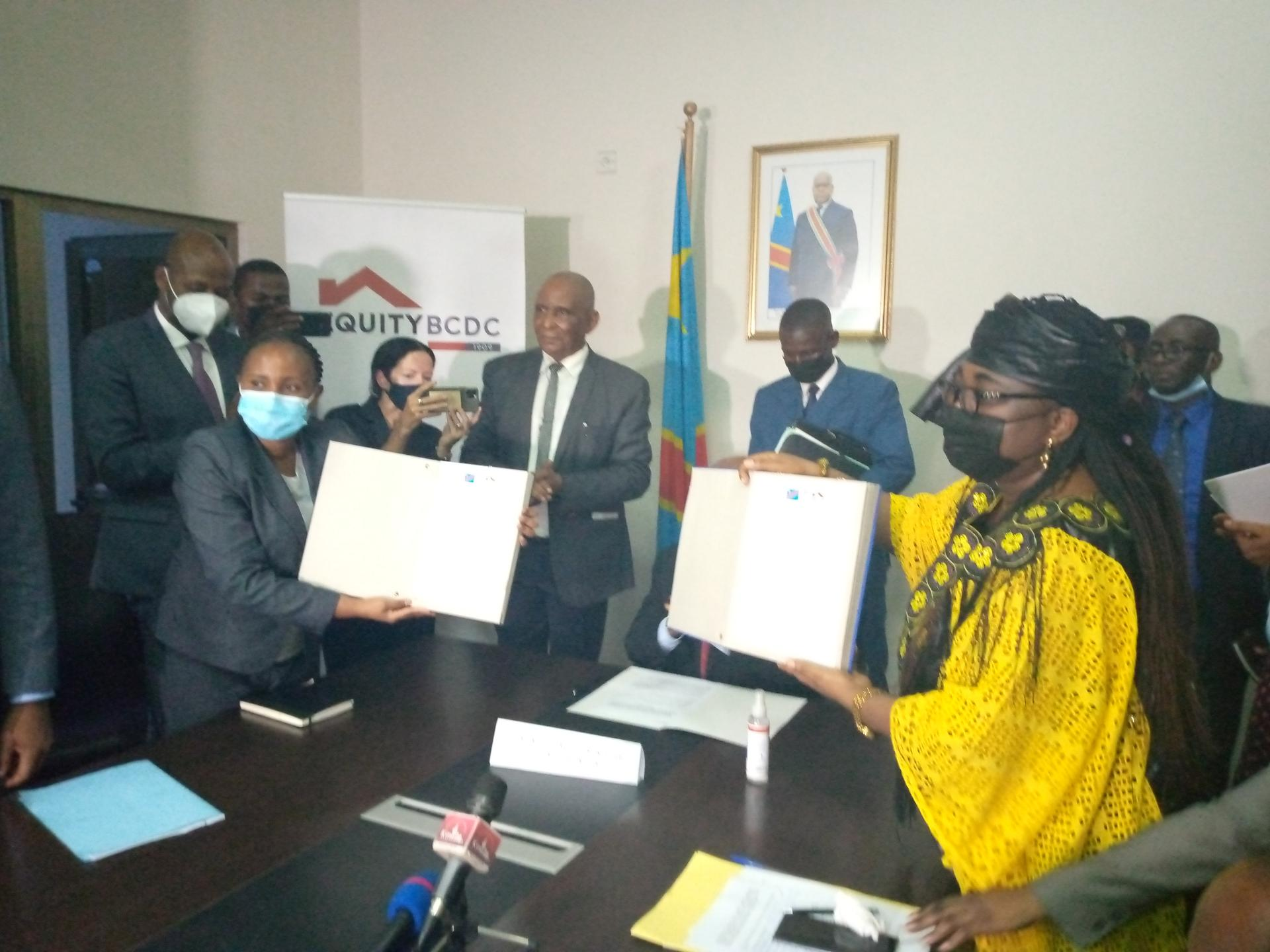 RDC: EquityBCDC et le FNPSS signent un protocole d'accord visant à mobiliser les ressources humaines, techniques et financières nécessaires au redressement socio-économique