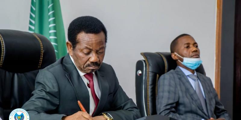 pas de consensus sur le choix du président de la commission électorale, la balle dans le camp de Mboso