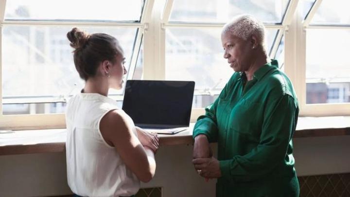 L'âgisme, un problème qui concerne de plus en plus les jeunes travailleurs
